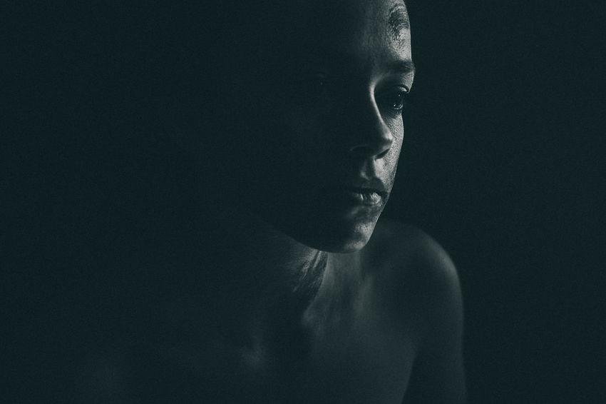 Black Background Young Women Human Face Studio Shot Beauty Portrait Beautiful Woman Close-up