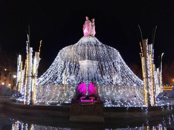 Fontaine Christmas Celebration Night Christmas Decoration Illuminated Aix En Provence Eau Christmas Ornament Christmas Lights