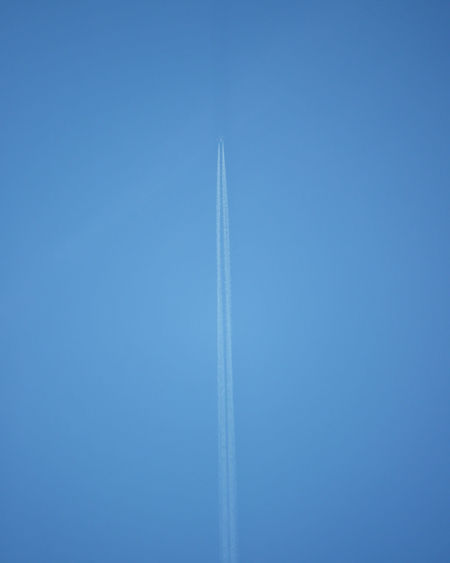 Airplane in flight. Airplane In The Sky Travel Travel Photography Airplane Airplane Wing Blue Blue Sky Destination Flight Flight ✈ Jet Stream Jet Stream In Sky Lookingup Minimalism Sky Travel Destinations
