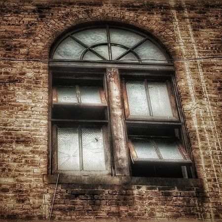A woman who opens her heart to love you, when it's already broken, is braver than any person you'll meet. -- Steve Benson Abandoned Buildings Abandoned Places Abandoned & Derelict AMPt - Abandon AMPt - Street Streetphotography Creepy Contrast EyeEm Diversity Urbexphotography Urbanphotography Urban Landscape AMPt Community Windows_aroundtheworld Windows Window Architecture Building Exterior Built Structure Close-up Closed Bad Condition Weathered Deterioration Run-down Rusty Ruined Abandoned Damaged