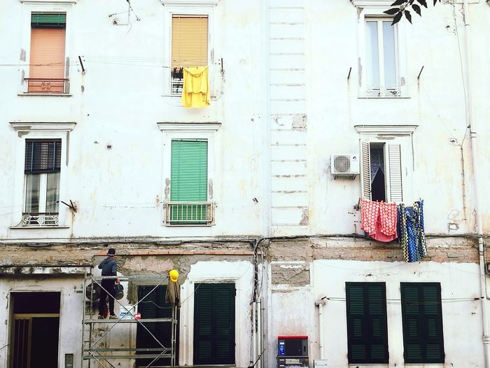 Napoli Europe City Real People Streetphotography Italy Napoli Worker Windows Drying Clothes Mobile Photography