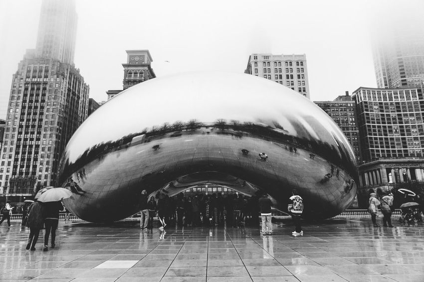 Learn & Shoot: Balancing Elements Balance Chicago Street Photography Travel Photography Traveling Black Blackandwhite EyeEm Best Shots EyeEm Gallery EyeEm Best Shots - Black + White EyeEm Nature Lover The Bean Bean