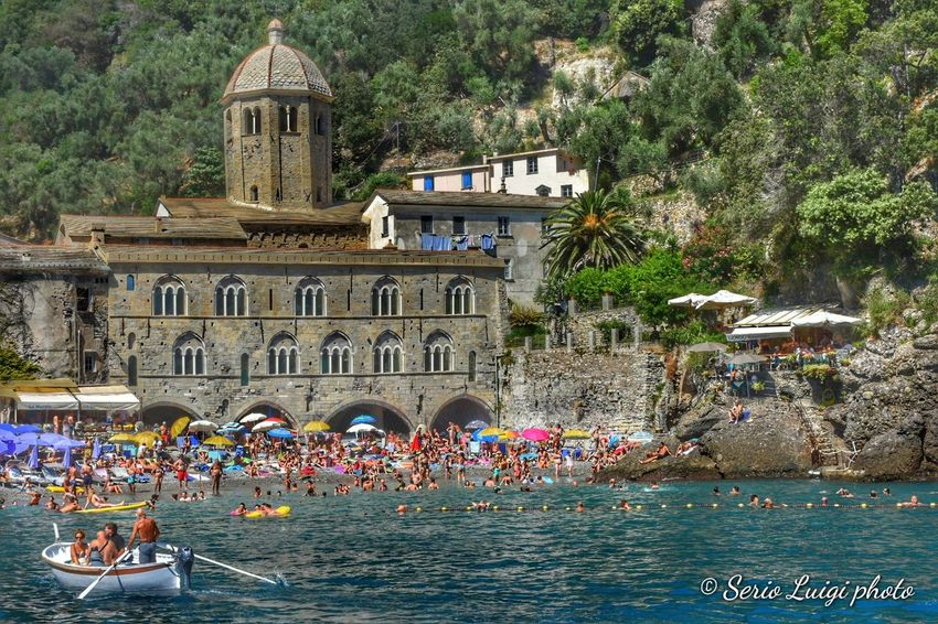 L'abbazia di San Fruttuoso di Capodimonte è un luogo di culto cattolico situato nei pressi di Camogli nella baia omonima, luogo detto anche Capodimonte, all'interno del parco terrestre e marino del Monte di Portofino Seascape Sea Life Summer Sanfruttuoso Liguria,Italy Gondola - Traditional Boat Water Nautical Vessel Architecture Travel