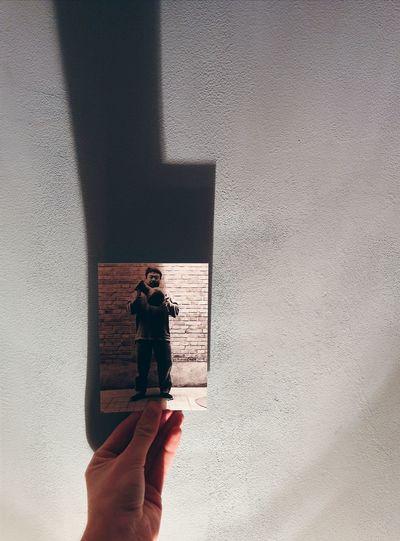 AIWW Aiww Post Card Light And Shadow Hands On