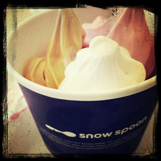 Royal Milktea Strawberry Vanilla