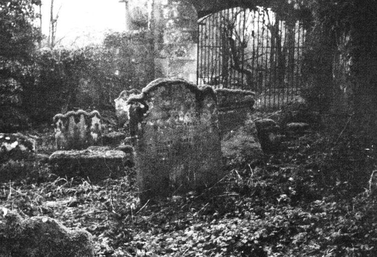 Barons Haugh Motherwell Graveyard Black & White Black And White Scotland