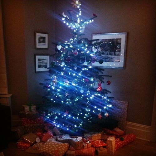 All the presents are under the tree! Soexcited Christmas Gifts Onesleepleft !