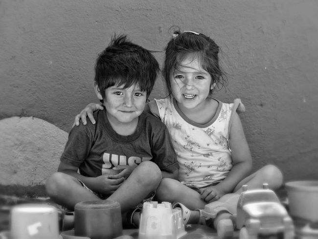 Second Acts HERMANOS FOREVER♥ Niños Child Children Only Two People Friendship Childhood Boys Togetherness Sibling People Indoors  Males  Girls Females Portrait Smiling Education Happiness Human Body Part Domestic Life Real People Niñosfelices