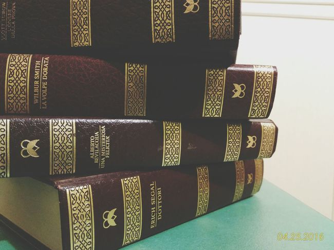 Books ♥ Reading & Relaxing Story Time Best Friends Old Collection Words Love ♥