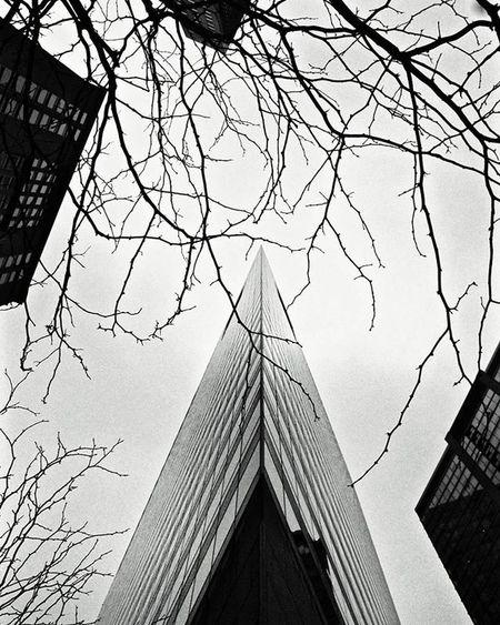 Another chi town look up👀 Chicago Createxplore Streetdreamsmag LOOKUPSEASON Moodygrams Artofvisuals Justgoshoot Agameoftones