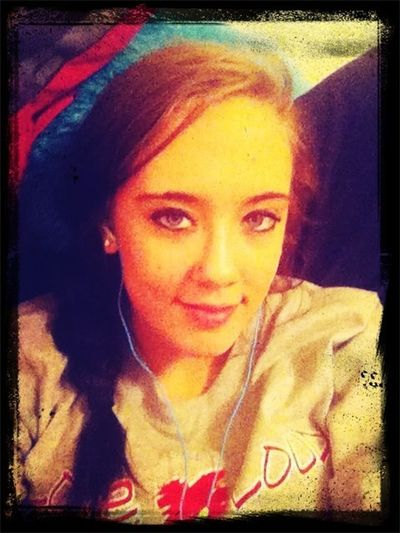 My Gorgeous Girlfriend:)<3