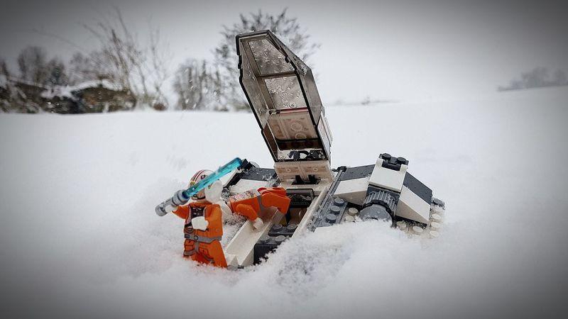 Snow Snow Day Hoth Snowspeeder Star Wars Lego Star Wars Original Trilogy LEGO Legophotography Lego Minifigures Lego Star Wars Photography Legostagram EyeEm Best Shots Eye4photography  EyeEm Gallery EyeEm Selects EyeEm EyeEmBestPics
