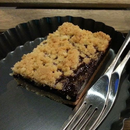 Nutella Crumble for dessert with @jyangsaw YumYum Dinner Yay ItsFRIDAY  eatneat lol