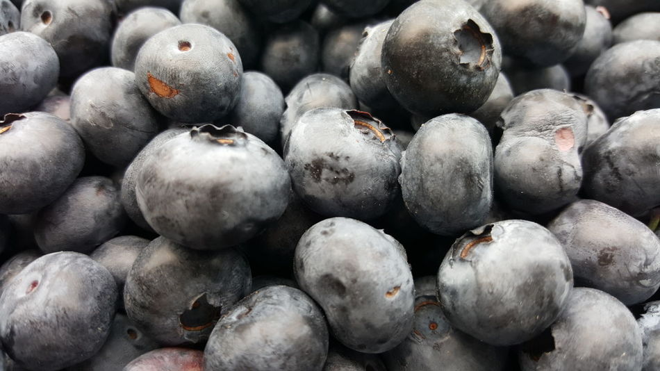 EyeEm Nature Lover Food And Drink Fruit Aronia Berries Large Group Of Objects Food Freshness Full Frame Vegan Eat More Fruit Healthy Eating Day No People No Filter