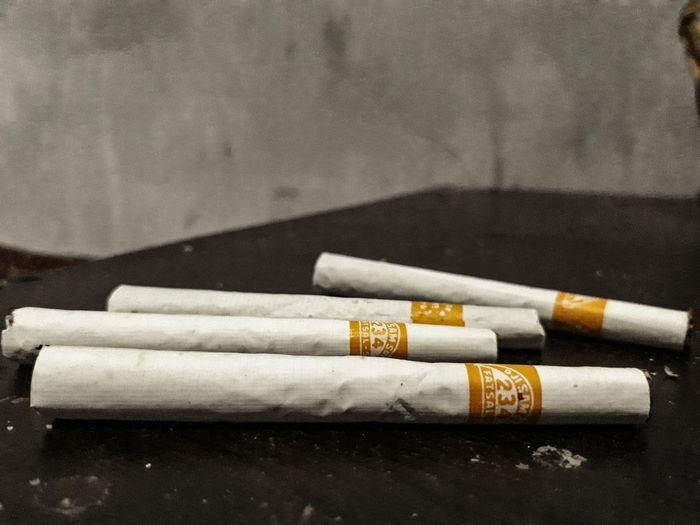 #cigarettes #love #good #risk #nopeople #INDOOR #kretek #closeup