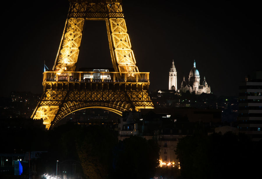 Been There. City Skyline Eiffel Tower Nikon Paint The Town Yellow Paris ParisByNight Sacre Coeur The Week On EyeEm Tour Eiffel Tourist Attraction  City Photography City View  Illuminated Over The Roofs Paris Bei Nacht Paris Night Tourist Destination Travel Destinations
