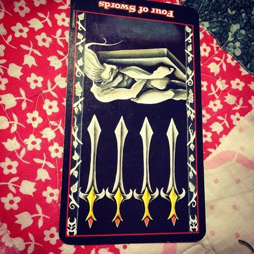 Fourofswords 4ofswords Swords Issues protection daydreamer restful nobother dailyadvice freereading dailyadvicereading tarot tarotcards tarotreading tarotreadings checkoutmylink past present future
