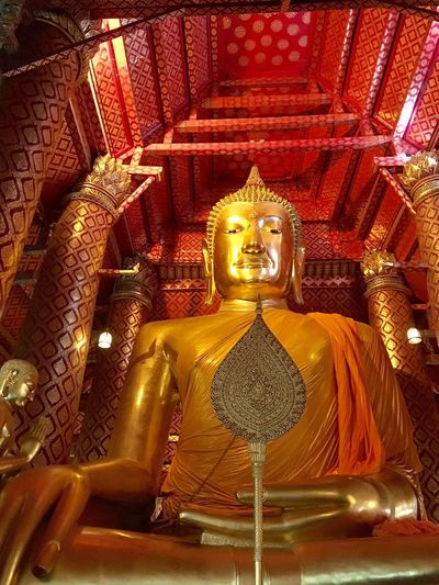 🙏 Religion Spirituality Gold Colored Statue Sculpture Gold Human Representation Place Of Worship Indoors  No People Day