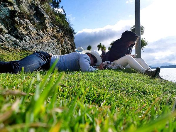 Descanso de lente Photography Sister Love Green Color Relax Desenfoque Contraste Chat Shot S5 Laguna FAMILIA♥ Vacations Mañana Fullcolor