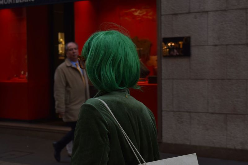 Fashion Shopping Bag Shopping Time Red And Green Green Wig Santo Spirito Montenapoleone Women Men Rear View Architecture International Women's Day 2019 My Best Photo Streetwise Photography The Art Of Street Photography