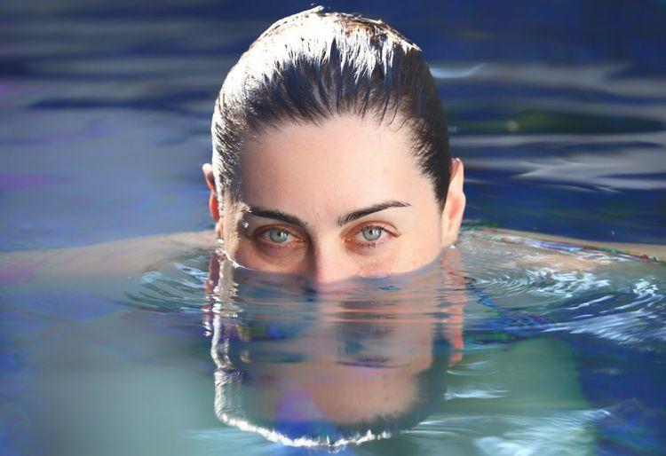Azul Portrait