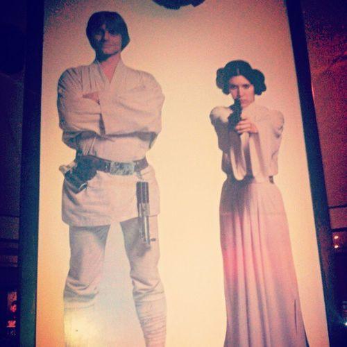 Star Wars Fridays Poso Gamatoi Pezei Na Einai ?
