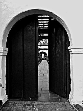 Open Door Mission San Diego de Alcalá Statue Saint Joseph California Blackandwhite Black And White Black & White Blackandwhite Photography