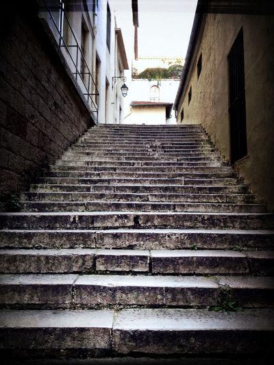 Lyon Stairs Espoir échapper Monter  Hope.✌ Hope Up Escape