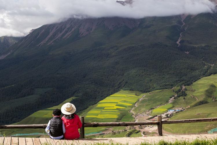 望牛心Staring at the peak Mountain Landscape Scenics - Nature Adult One Person Environment Travel Nature