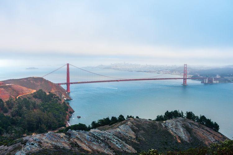 Golden Gate Bridge Water Bridge Bridge - Man Made Structure Sky Connection Suspension Bridge Built Structure Architecture Mountain Nature Tranquility Bay Day Tranquil Scene No People Travel Destinations Tourism Scenics - Nature Beauty In Nature Outdoors