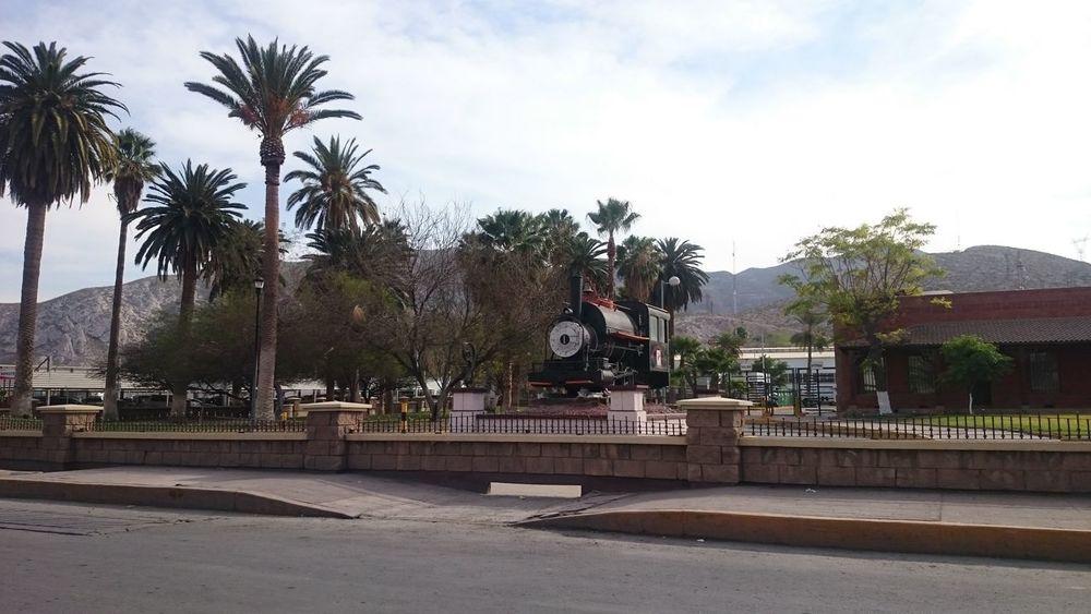 Torreón, Coahuila Metal Things Mexican Desert Zone City Park