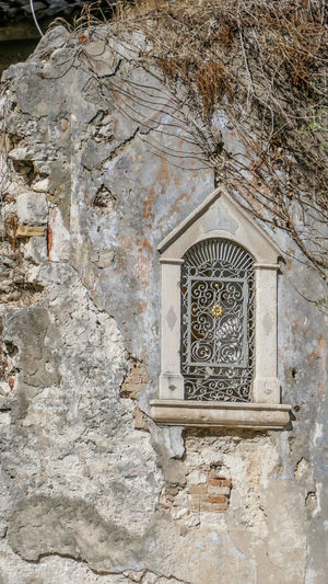 Built Structure Architecture Building Building Exterior No People Day Wall - Building Feature Window Place Of Worship Belief Low Angle View Spirituality History Old Outdoors Religion Wall The Past Stone Wall Ornate