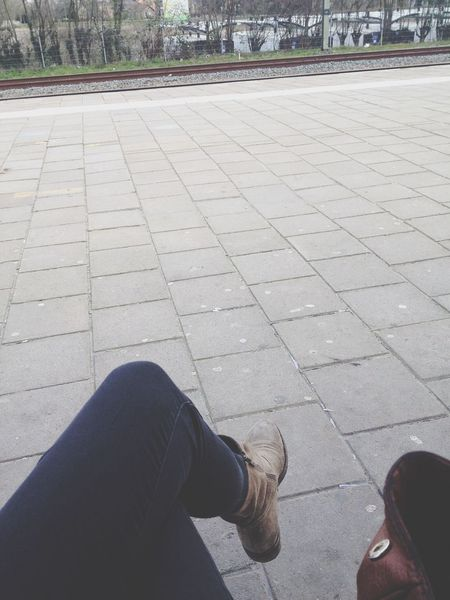 waiting for my train ?