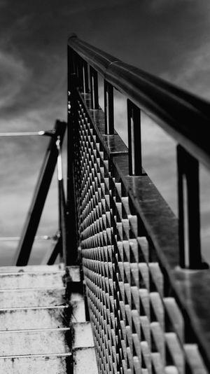 Treppengeländer Urbanana: The Urban Playground Spiral Staircase Bridge - Man Made Structure Railing Architecture Stairway Hand Rail Footbridge #urbanana: The Urban Playground EyeEmNewHere