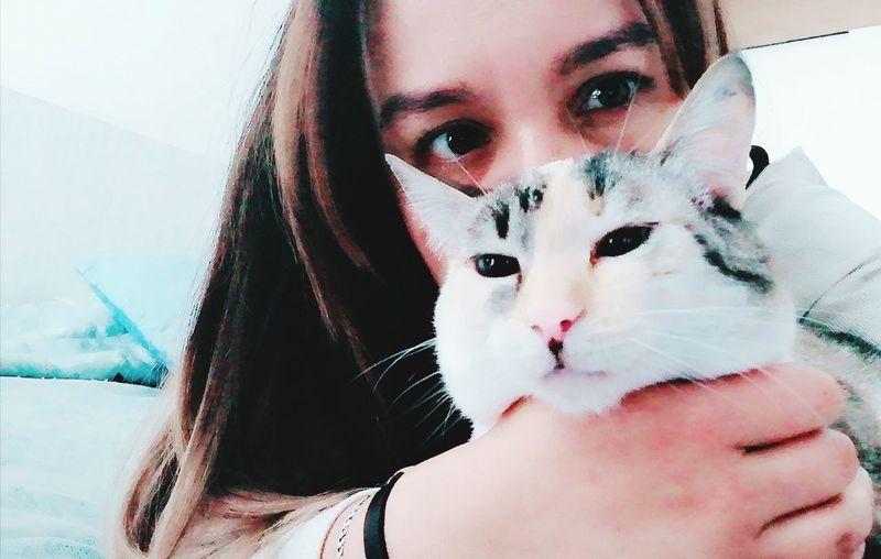 Amigas Gato Cat Kitten Cute Young Women Portrait Beautiful Woman Looking At Camera Women Headshot Human Face Close-up