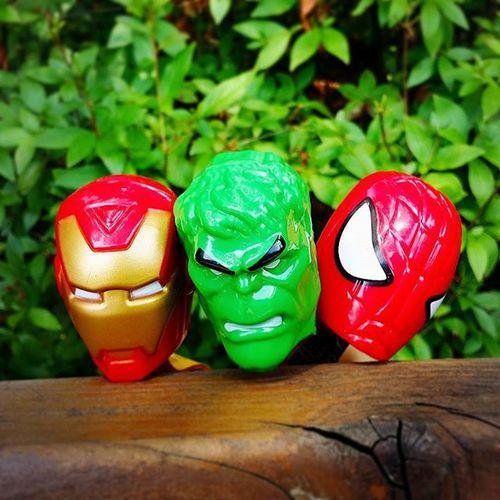 소풍 나온 헐크 아이언맨 스파이더맨 요고요고 가지고 놀기 재밌네😉 빅롤리팝 Hulk Ironman Spiderman 귀여운헐크를너무못생기게만들었어 😡 다음엔뭘찍을까 마블스타그램 영웅들이다그램 재밌는놀이