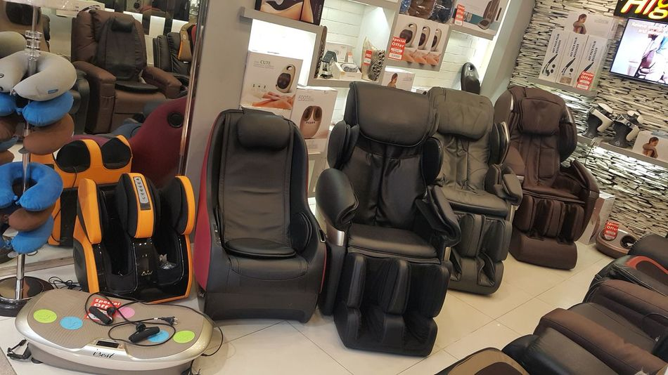 Indoors Highlife No People Day Massager Equipments Fullbody Chairs Footmassage Handmassage FootMassage102