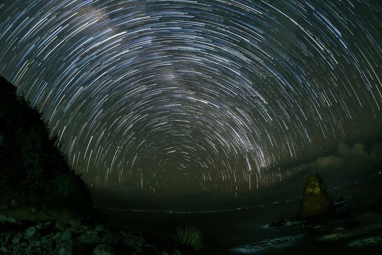 """Star Trails on"