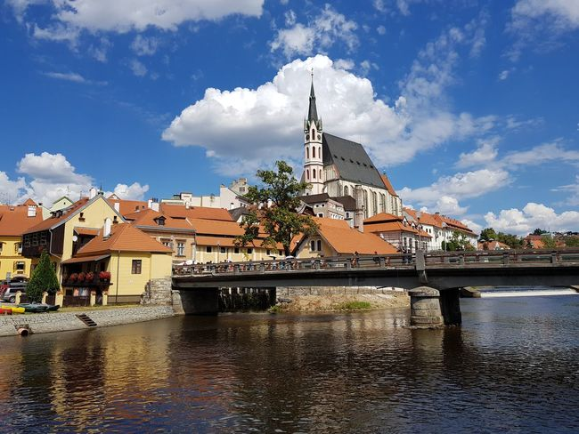 cloudporn Calmness peaceful Sunlight Reflection summer Summer Views Cloudporn Calmness Peaceful Sunlight Reflection Summer Medieval UNESCO World Heritage Site Unesco View Chez Republic Chesky Krumlov Water Blue Place Of Worship Religion Sky Architecture Building Exterior Cloud - Sky Historic