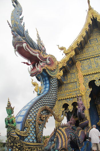 Thailand Thailand_allshots Thailandtravel Thailand Photos Thailand🇹🇭 Temple - Building Templephotography Buddhism Buddhist Temple BUDDHISM IS LOVE Chiang Mai | Thailand Chiangmai Chiang Mai Thailand Architecture Built Structure Representation Art And Craft Sculpture Belief Place Of Worship Religion Spirituality Creativity Animal Representation Statue Building Building Exterior Low Angle View Craft Dragon No People Ornate Chinese Dragon Outdoors Demon - Fictional Character
