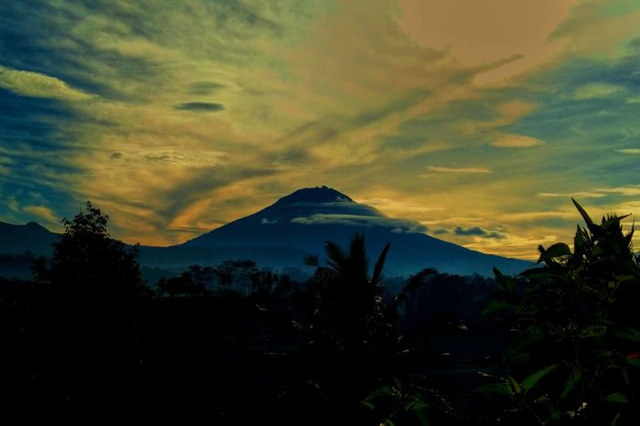 nature where we come back Mountain Jawatengah Dramatic Sky Silhouette Cloud - Sky Sunset Scenics Beauty In Nature Landscape Nature Sky Outdoors No People