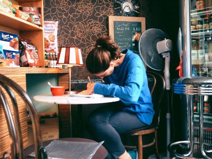 Neat study corner inside of coffee corner Espresso Urban Studies Berlin