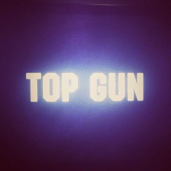E anche oggi un classico prima di andare a dormire... Tomcruise Topgun Rai4