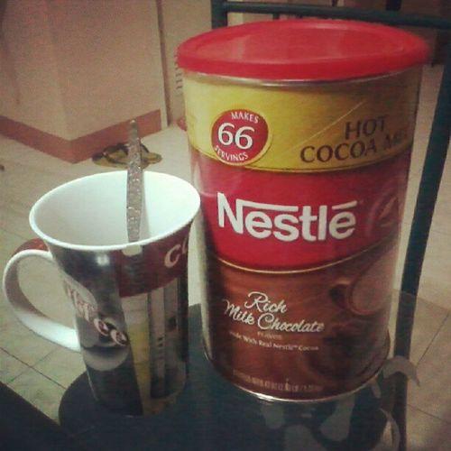 Hot Chocolate. Nestle Pampagising