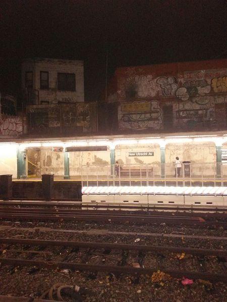 Trainin it . ArtWork Myhood Whereami? Beatzofink Bleedink9 Brooklyn Streetart/graffiti Filthyfamily Lovemydirt