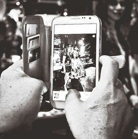 Taking Photos Of People Taking Photos EyeEm Best Shots Hanging Out Gang_family