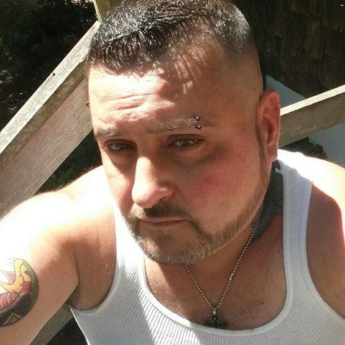Me 😉 Selfie✌ Selfienation Selfie Time Tattooedmen Tattooed Necktattoo Pierced EyebrowPiercing Brown Eyes Brown Hair