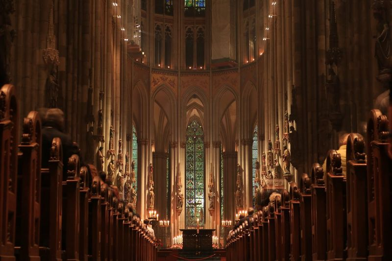 Jesus Christian Praying Church Dom Altar Cathedral Illuminated Architecture Built Structure Indoors  Religion Lighting Equipment Building Belief Spirituality Place Of Worship Decoration Low Angle View EyeEmNewHere EyeEmNewHere