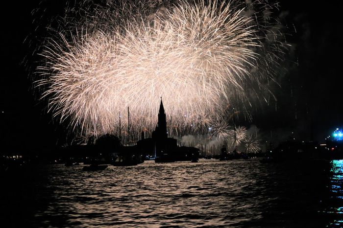 No editing although i wanted to but sometimes i dont know why i love some photos just as they are... Giudecca Church Festadelredentore Venice voyage is life Built Structure Celebration Church EeYem Best Shots EeyEmnewhere Event Festadelredentore Firework Display Life Light And Shadow Loveandlight Night Outdoors River Sanmarco Sky Venice Voyage Waterfront Sommergefühle EyeEm Selects EyeEmNewHere