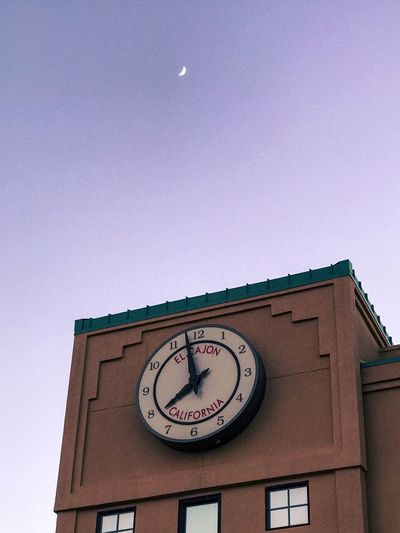 Clock Time Low Angle View Circle No People Clock Face Built Structure Roman Numeral Architecture Communication Minute Hand Building Exterior Day Clear Sky Sky Outdoors Hour Hand
